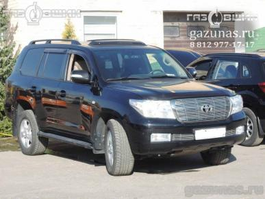 Toyota Land Cruiser 200 (дорестайл) 4.7i (288Hp) 2010г.в.