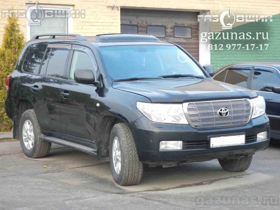 Toyota Land Cruiser 200 (дорестайл) 4.7i (288Hp) 2008г.в.